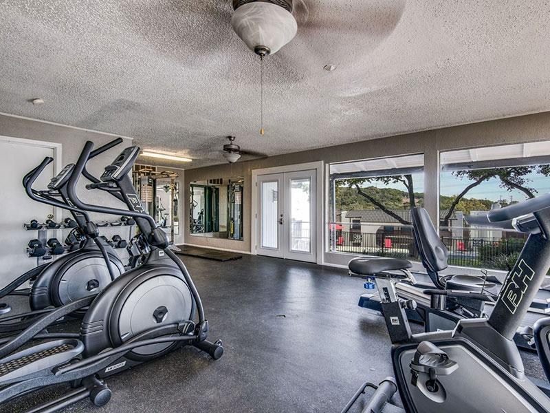 Sky Vue | Gym | Apartments Near San Antonio