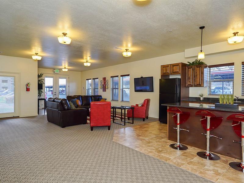 Community Lounge   Fernwood Place Apartments