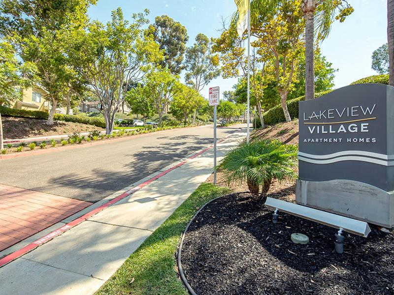 Lakeview Village Apartments