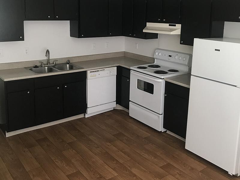 Fully Equipped Kitchen   Mulberry Park Apartments in Taylorsville, UT