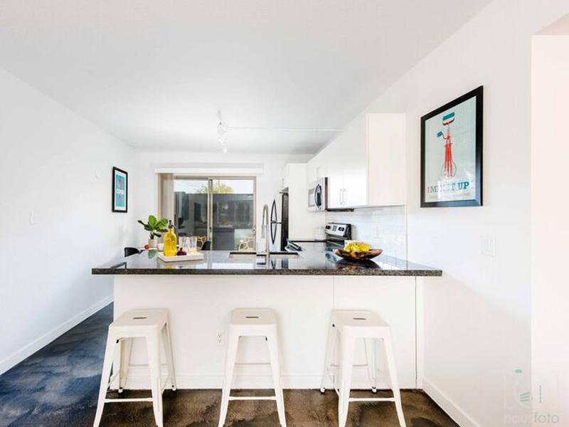 Granite Counter Tops | Fairmount Villas