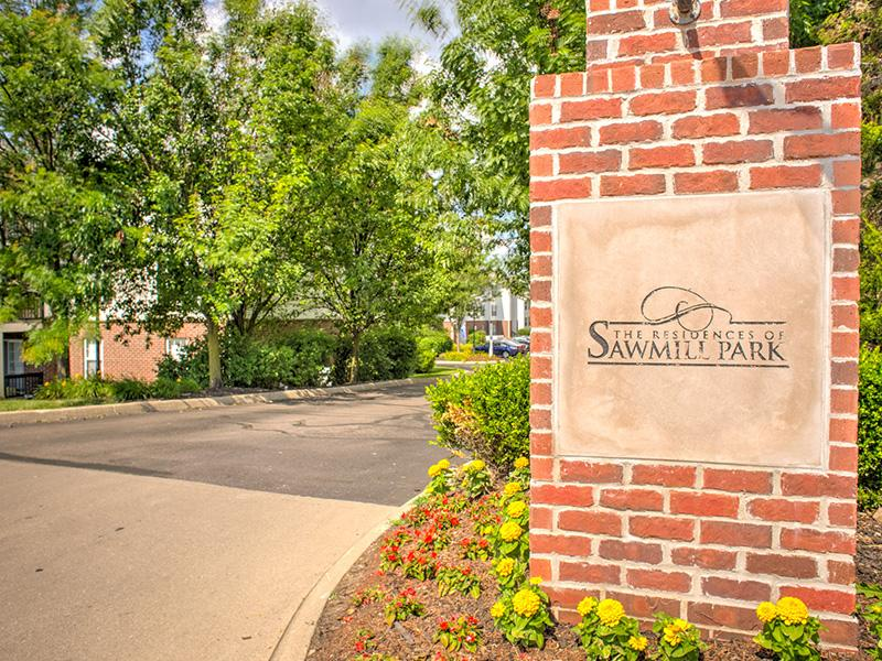 Welcome Sign | The Residences at Sawmill Park