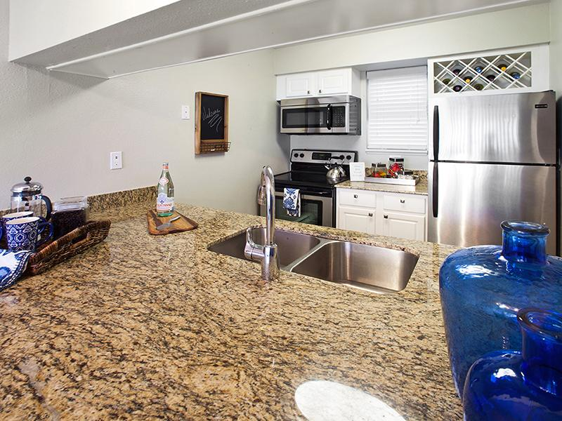 Kitchen | Arabella Apartments