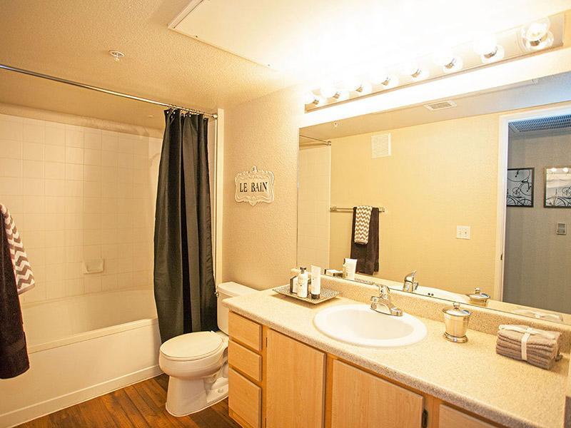 Rio Santa Fe Apartments in Avondale, AZ