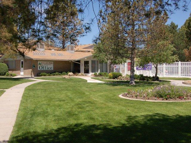 Boulder Pines Apartments in Salt Lake City, UT