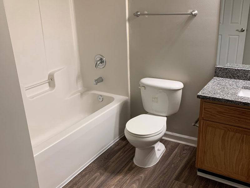 1 Bed 1 Bath Deluxe Bathroom | Retreat at Stonecrest Apartments