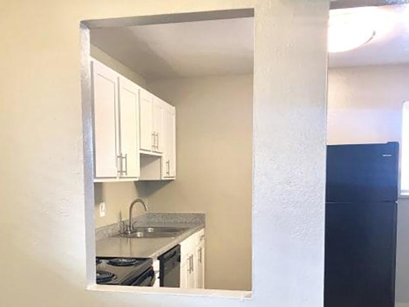 Entry | Eagle Crest Apartments