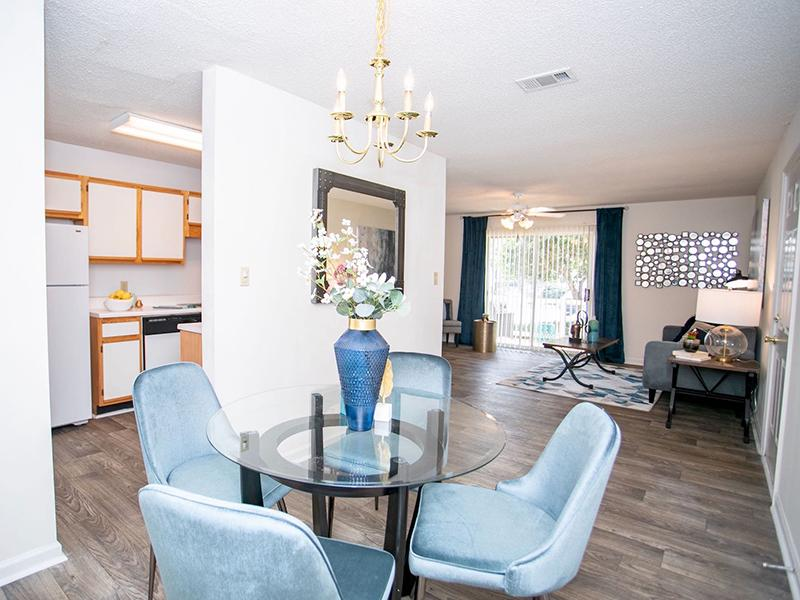 Dining Room | The Vineyard Apartments
