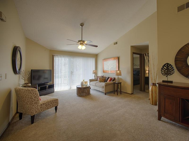 Living Room | Pinegate Apartments