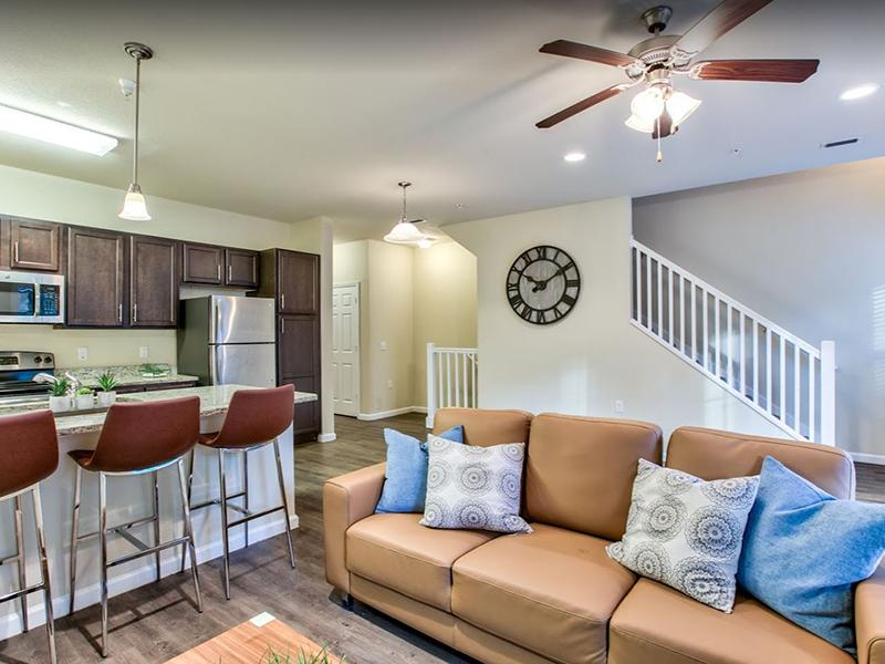 Living Room & Kitchen | Hayden Commons Apartments in Tallahassee