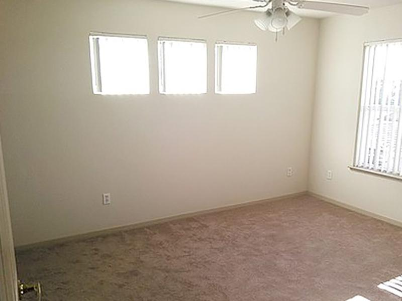 bedroom with 3 small windows | Natomas Park