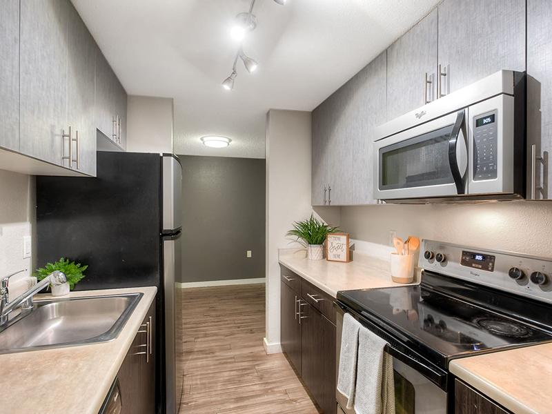 Kitchen | Karbon Apartments in Newcastle, WA