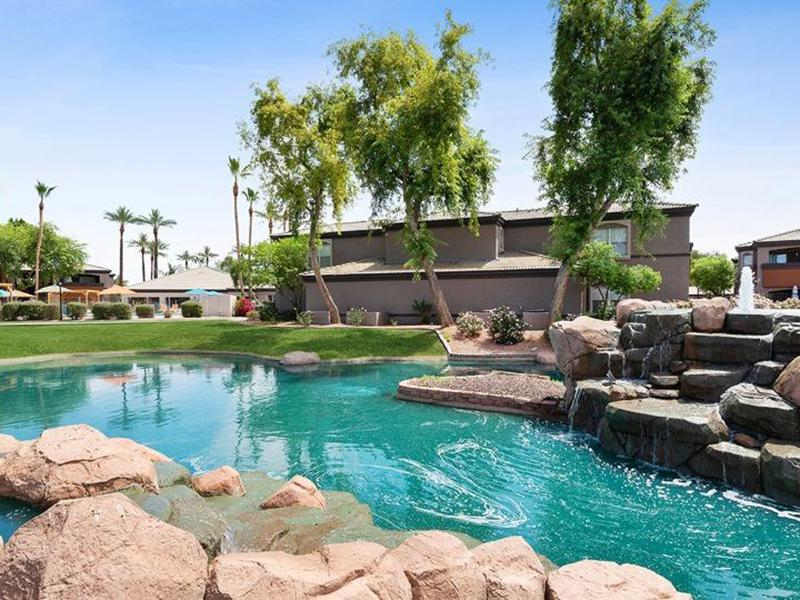 Beautiful Landscaping | Luxe at Ocotillo Apartments in Chandler, AZ