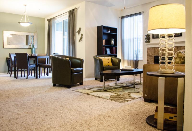 HighGrove Apartments living room 1
