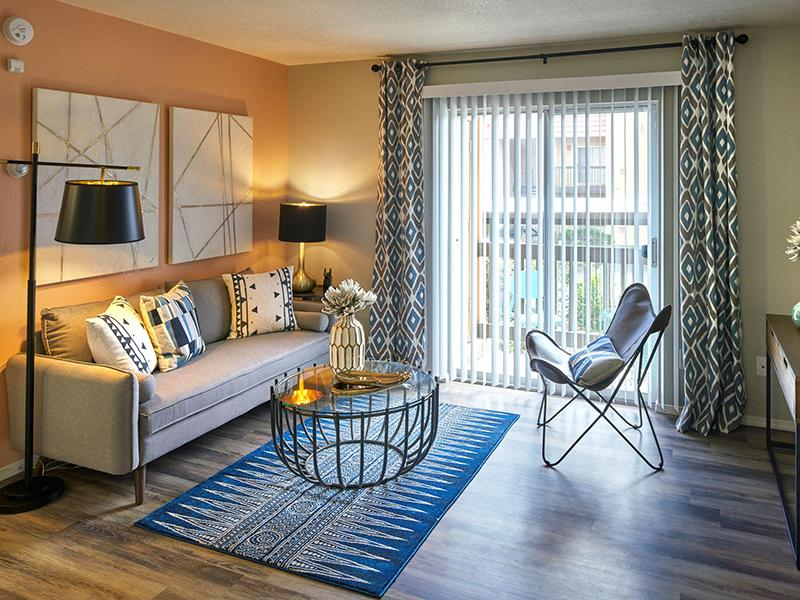 Living Room   Sombra del Oso 87120 Apartments