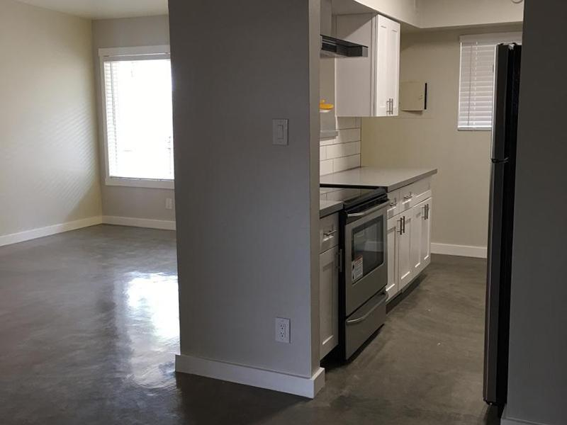 Kitchen - The Markley at 32nd Apartments