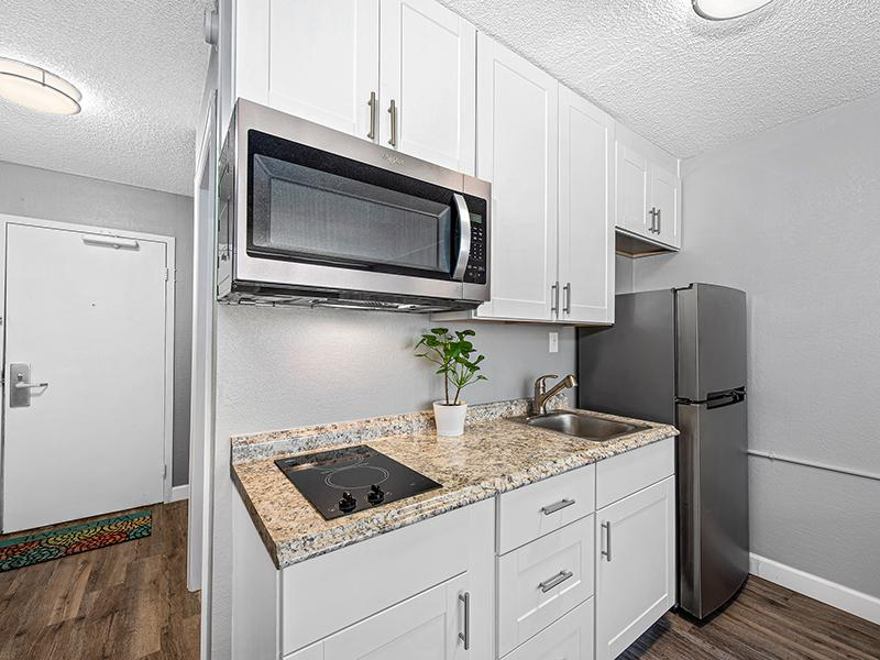 Kitchen | The Incline Apartments