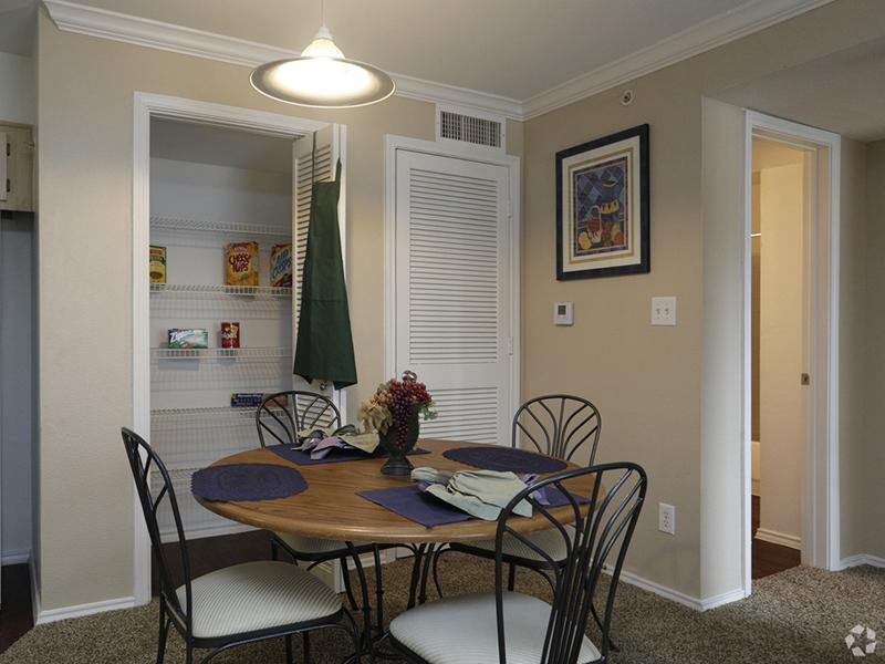 Dining Room  | The Gateway at Lake Jackson