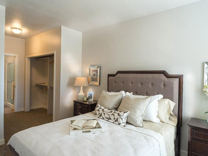 Grovecrest Villas Apartments