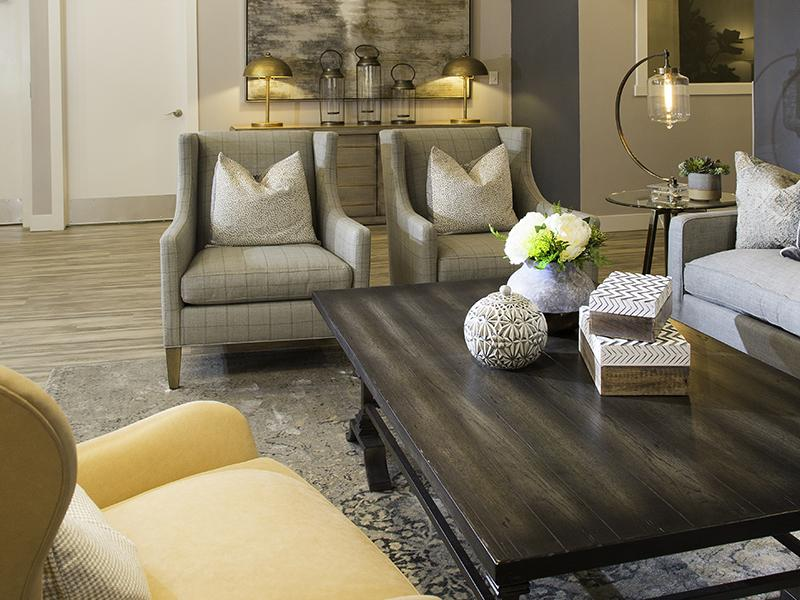 Living Room | Hunters Woods Apartments