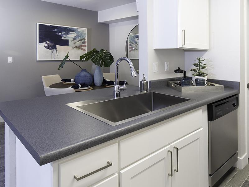 Kitchen   Maison's Landing