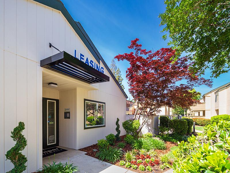 Leasing Office | The Juniper Apartments in Sacramento, CA