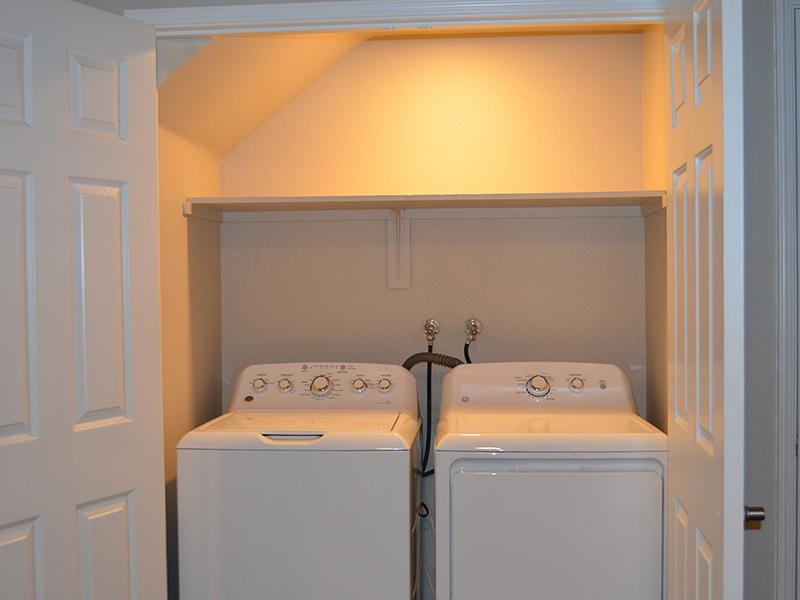 Washing Machine | Phoenix Townhomes Apartments