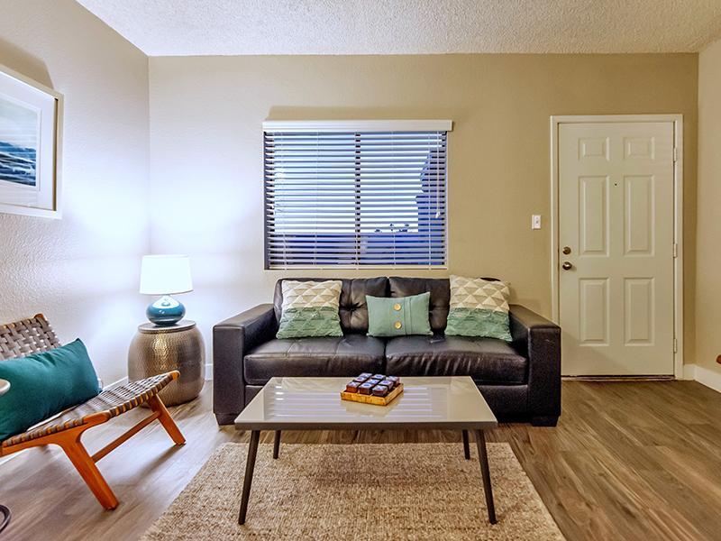 Living Room   Midtown Flats