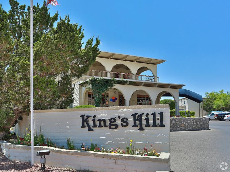 Entrance | Kings Hill Apartments in El Paso