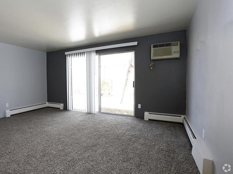 Front Room | Riviera Apartments in Northglenn, CO