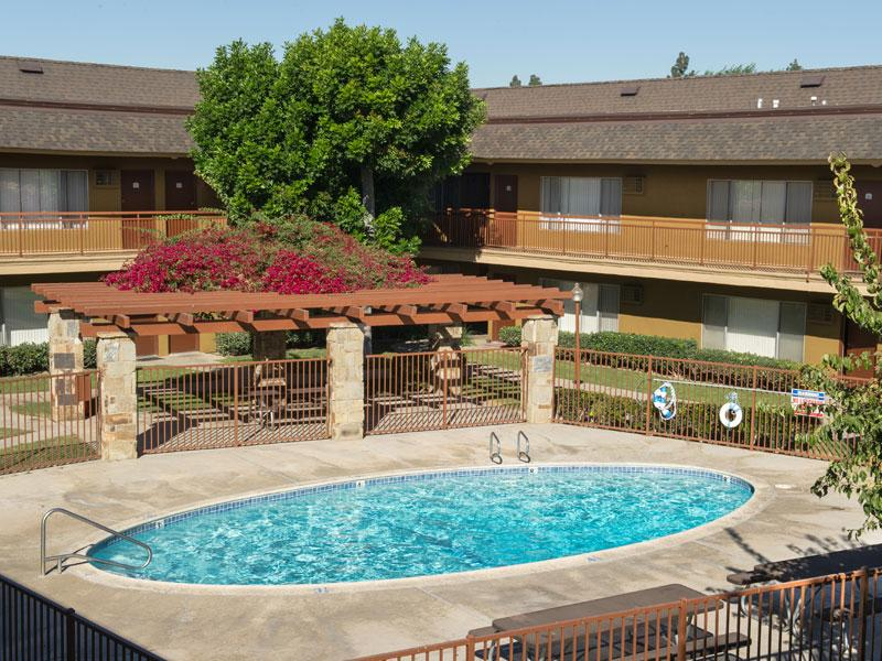 Chatham Village Apts in Tustin , CA