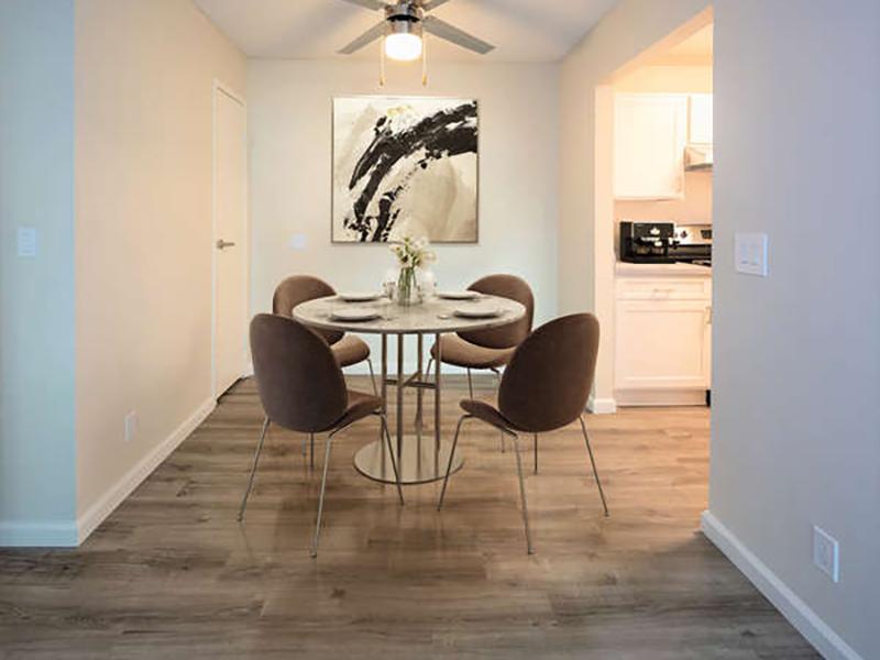 Model Dining Room | Juniper Apartments
