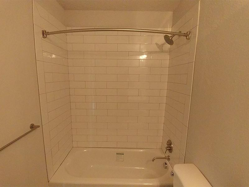 Bathroom Shower | Calaveras South Apartments
