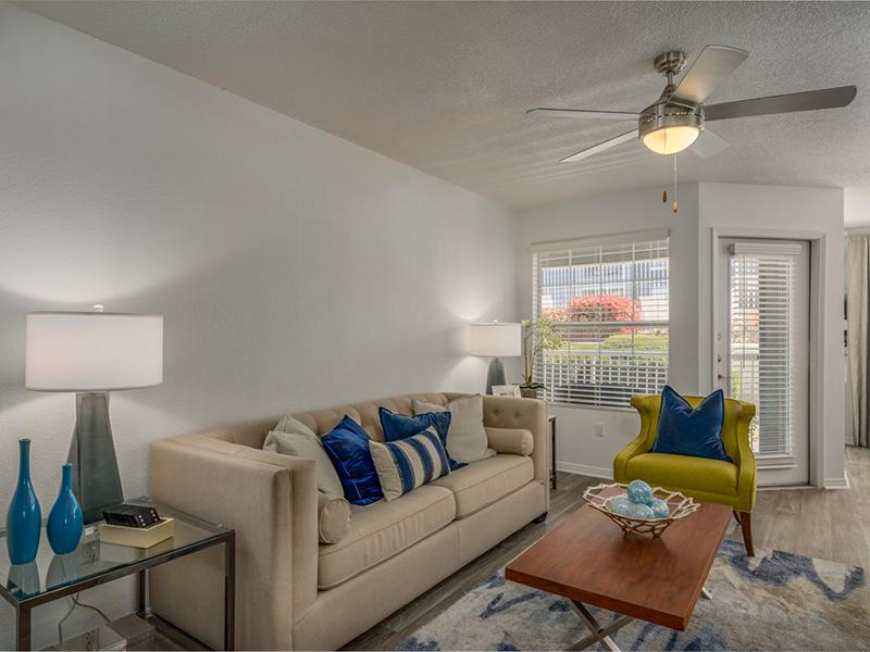 Living Room | La Ventana Apartments in New Mexico