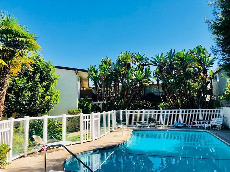 Pool | Miramar Gardens Apartments
