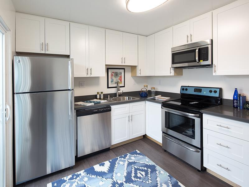 Kitchen  | Greenleaf Apartments in Hayward, CA