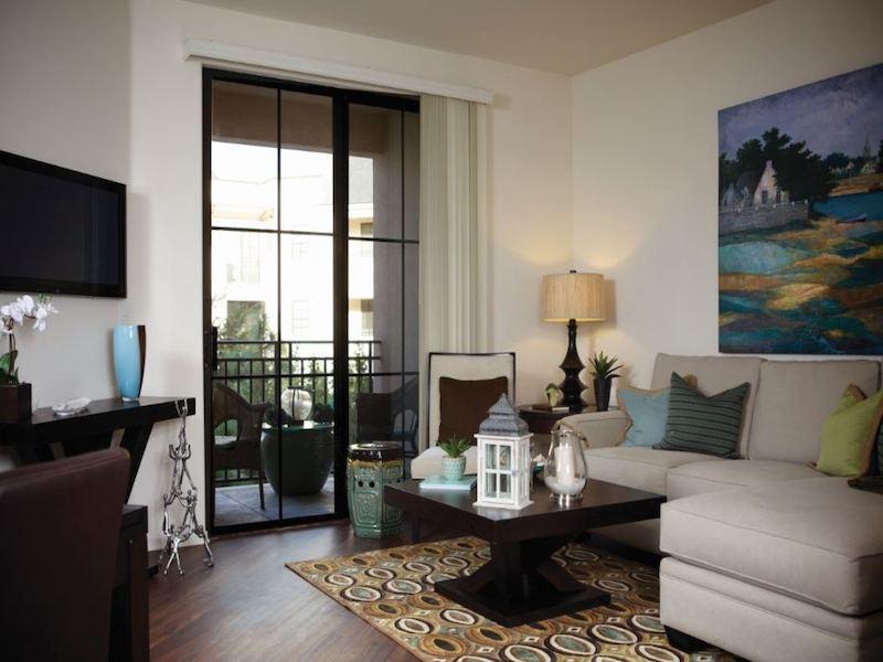 Living Room | The Renaissance at City Center