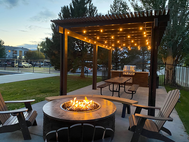 Fire Pit and Grill   Bridger Pointe Apartments in North Logan, UT