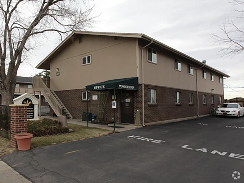 Building Exterior | Powderhorn Apartments in Colorado, CO
