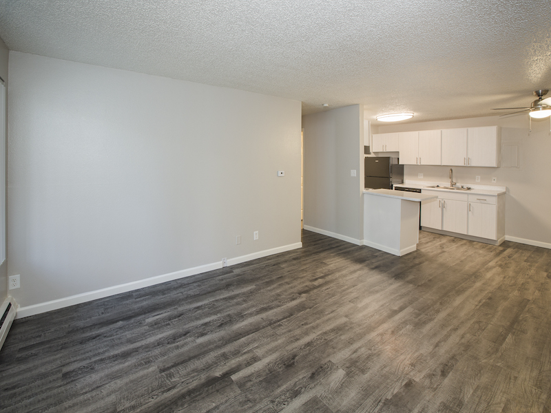Lincoln Springs Apartments | Living Area