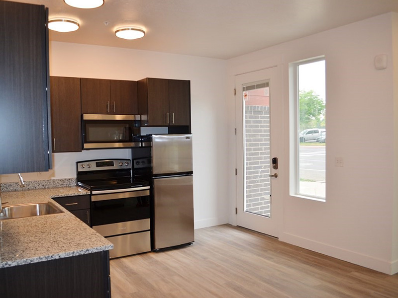 Kitchen   Studios on Gordon Apartments in Layton, UT