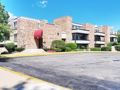 Fieldpointe Apartments in Schaumburg, IL