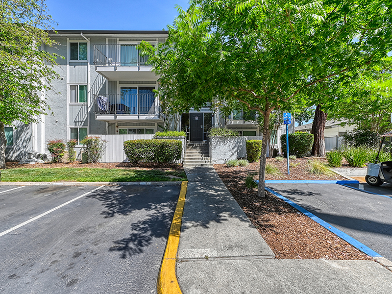 Entrance | The Crossing at Wyndham Apartments in Sacramento, CA