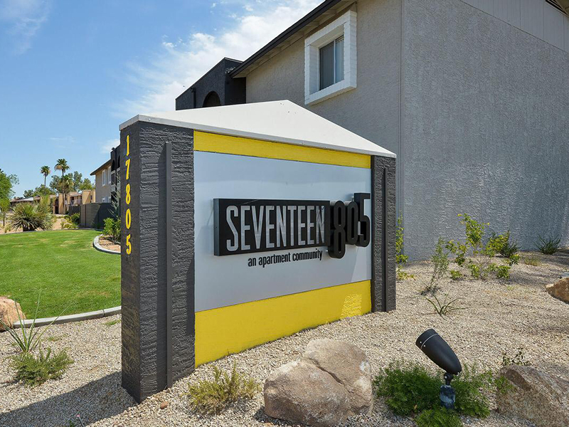 Sign | Seventeen 805 an Apartment Community