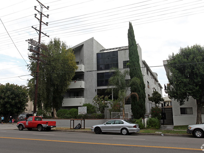 Haskell Apartments in Van Nuys, CA