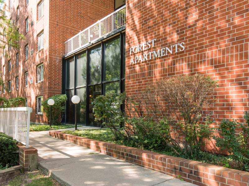 Forest Apartments in Naperville, IL