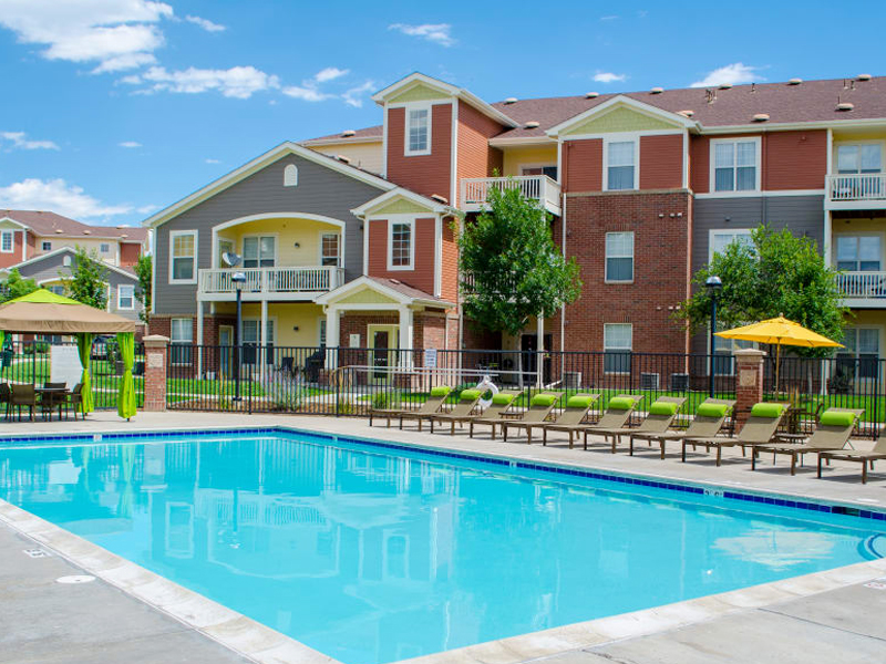 Bear Valley Park Apartments in Lakewood, CO