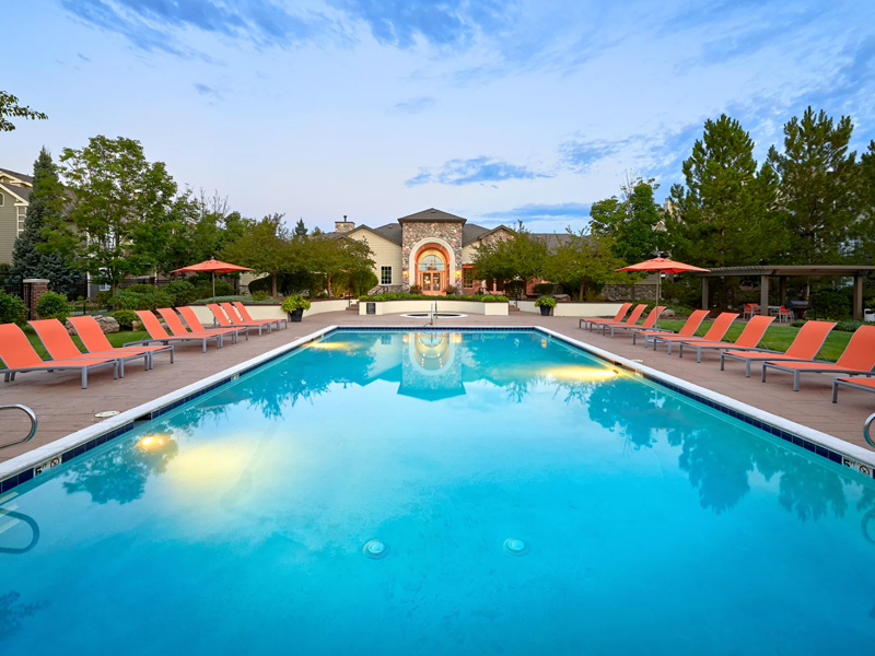 Legend Oaks Apartments in Lakewood, CO