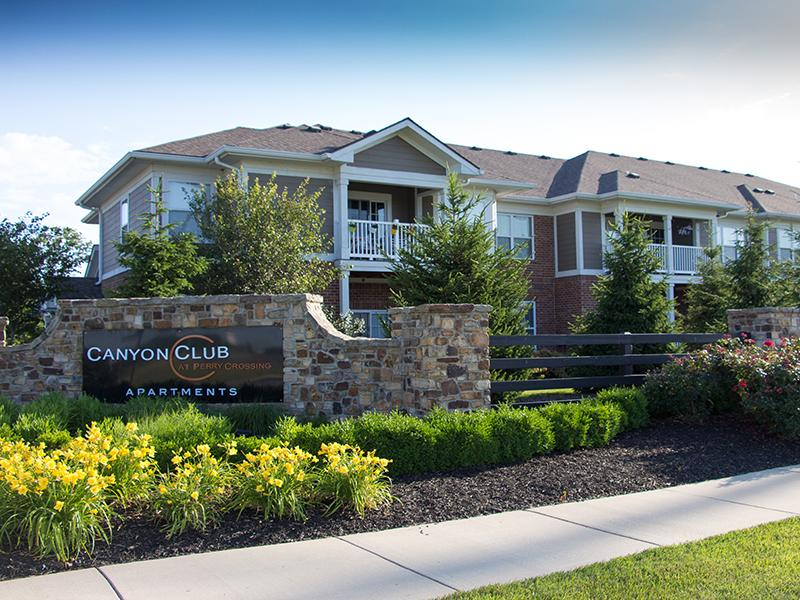 Canyon Club at Perry Crossing Apartments in Plainfield, IN