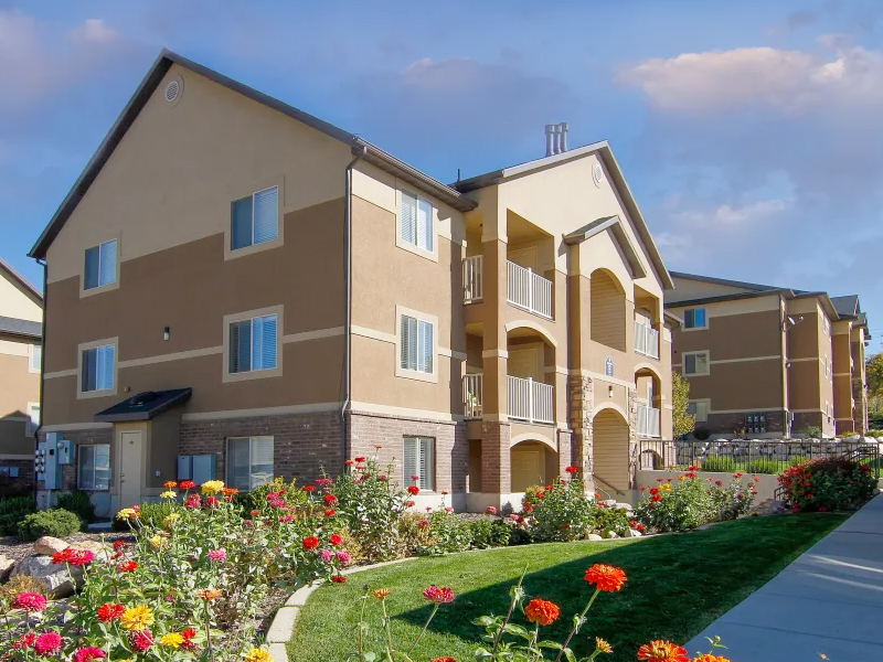 Ridgeview Apartments in North Salt Lake, UT
